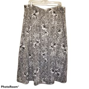 Laura PLUS The Vamp Houndstooth Floral Skirt NWT